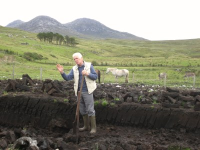 turf steken Donegal 2011
